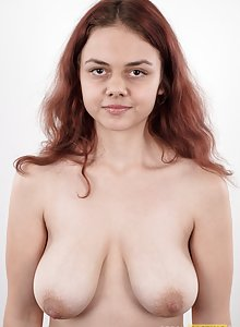 Curvy redhead Vanesa has big saggy boobs in her first ever nude pics