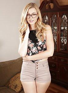 Glasses wearing blonde teen Alexa Grace flaunting her bodacious ass cheeks