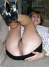 39 Year Old Mature Woman Getting Her Ass Covered With Hot Cum