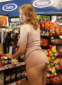 Irelynn Dunham gives us a look at her massive breasts and large butt in public